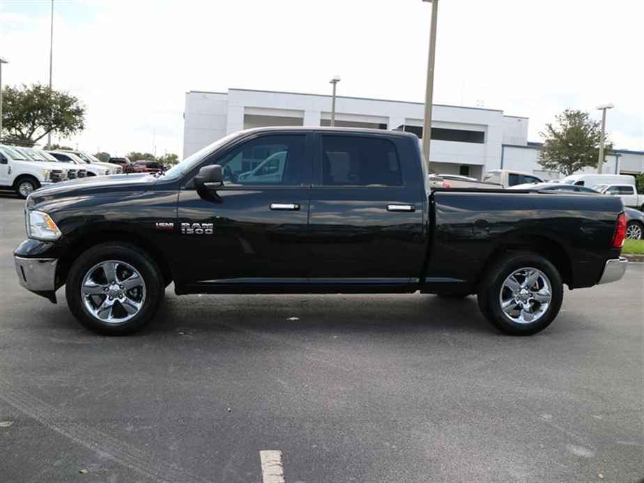 2017 Ram 1500 Crew Cab Pickup #P17159 - photo 5