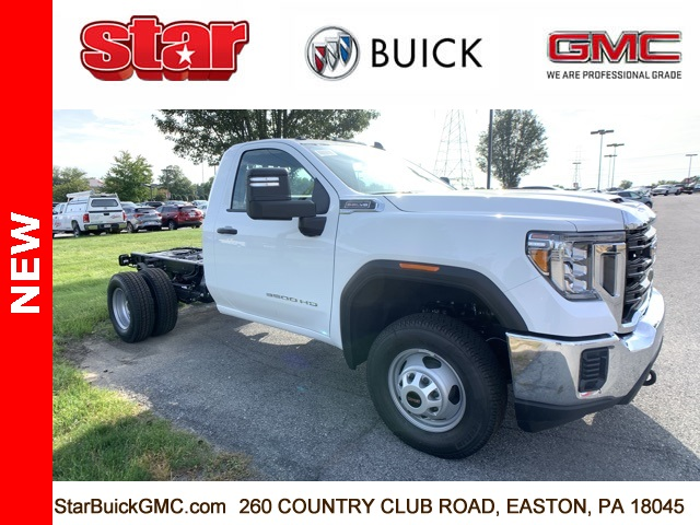 2020 GMC Sierra 3500 Regular Cab 4x4, Cab Chassis #100122 - photo 1