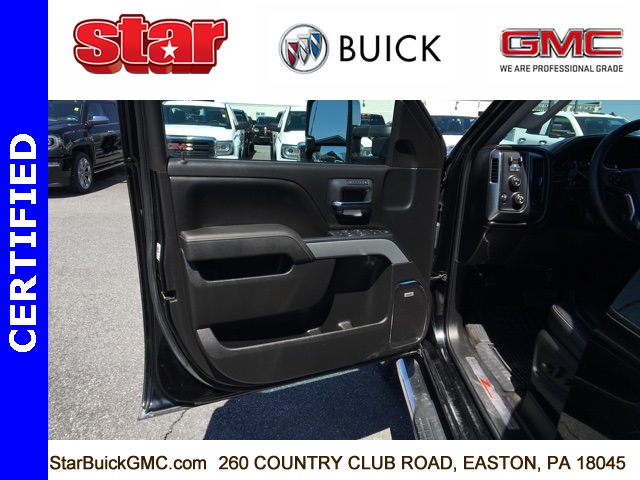 2015 Silverado 3500 Crew Cab 4x4,  Pickup #180032A - photo 16