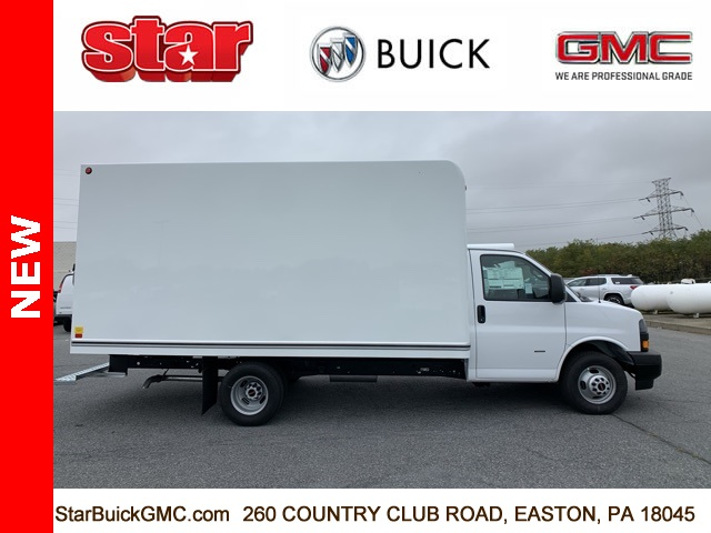2020 GMC Savana 3500 4x2, Unicell Cutaway Van #500084 - photo 4