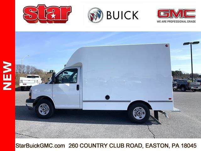 2020 GMC Savana 3500 4x2, Unicell Aerocell CW Cutaway Van #500126 - photo 6