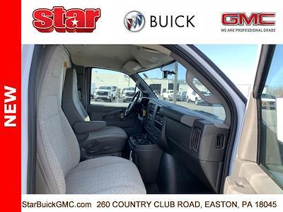 2020 GMC Savana 3500 4x2, Unicell Aerocell CW Cutaway Van #500126 - photo 9