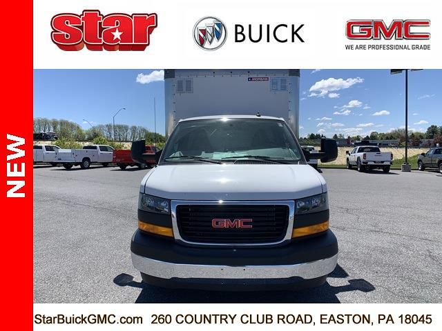 2021 GMC Savana 4500 DRW 4x2, Morgan Parcel Aluminum Cutaway Van #510042 - photo 4