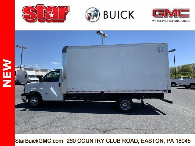 2021 GMC Savana 4500 DRW 4x2, Morgan Parcel Aluminum Cutaway Van #510042 - photo 6