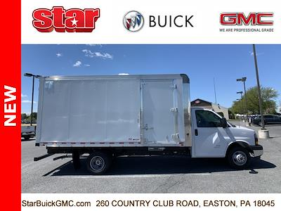 2021 GMC Savana 4500 DRW 4x2, Morgan Parcel Aluminum Cutaway Van #510042 - photo 3