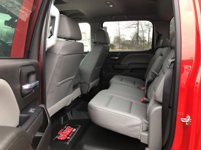 2018 Sierra 3500 Crew Cab 4x4 Service Body #Q28026 - photo 15