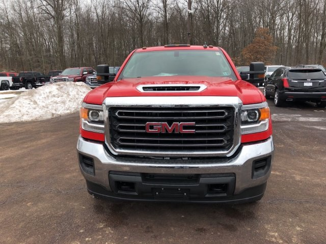 2018 Sierra 3500 Crew Cab 4x4 Service Body #Q28026 - photo 3