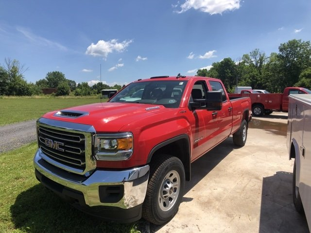 2018 Sierra 3500 Crew Cab 4x4,  Pickup #Q28104 - photo 4