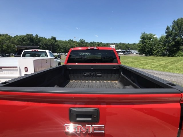 2018 Sierra 3500 Crew Cab 4x4,  Pickup #Q28104 - photo 7