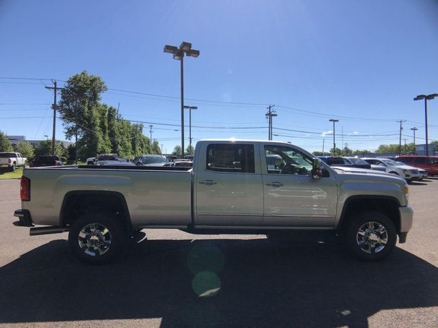2018 Sierra 3500 Crew Cab 4x4,  Pickup #Q28128 - photo 10