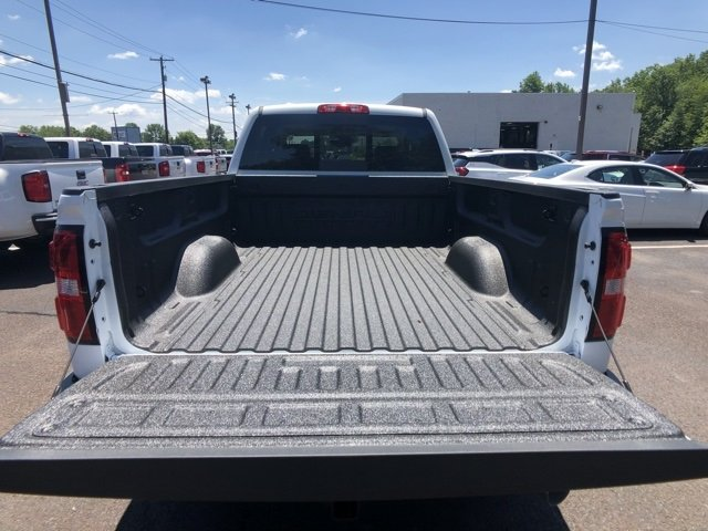 2018 Sierra 3500 Crew Cab 4x4,  Pickup #Q28134 - photo 9