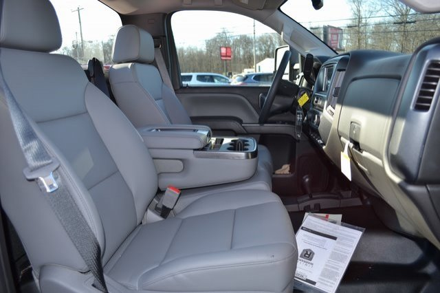 2019 Sierra 3500 Regular Cab DRW 4x4,  Reading Service Body #Q29006 - photo 7