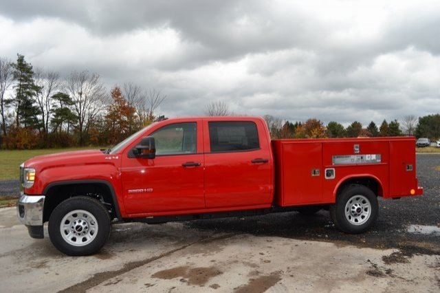 2019 Sierra 3500 Crew Cab 4x4,  Reading Service Body #Q29018 - photo 3