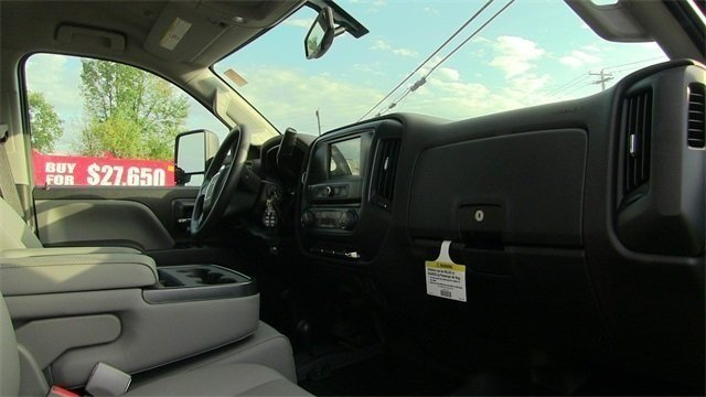 2019 Sierra 3500 Crew Cab 4x4,  Reading SL Service Body #Q29095 - photo 18