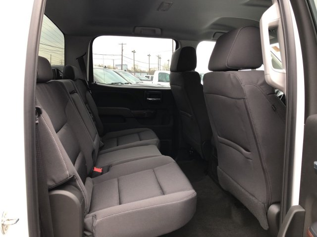 2018 Sierra 2500 Crew Cab 4x4, Pickup #Q480072 - photo 11
