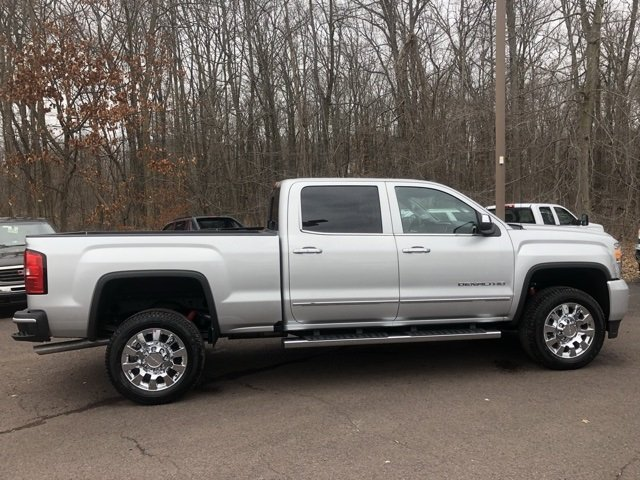 2018 Sierra 2500 Crew Cab 4x4, Pickup #Q480085 - photo 9