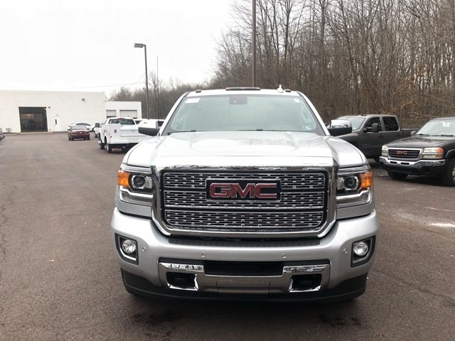 2018 Sierra 2500 Crew Cab 4x4, Pickup #Q480085 - photo 3