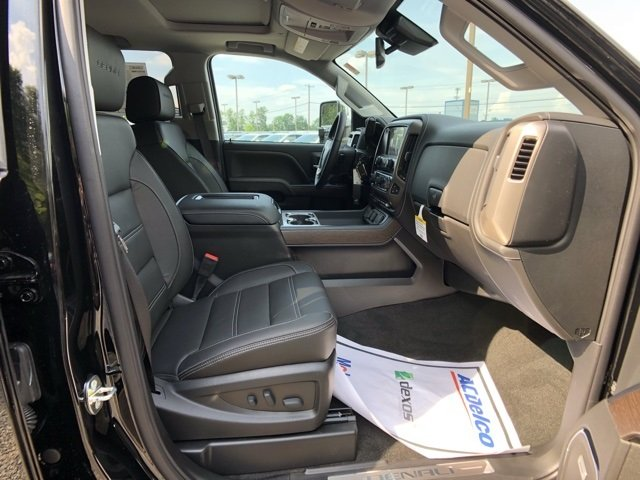2018 Sierra 2500 Crew Cab 4x4,  Pickup #Q480210 - photo 9
