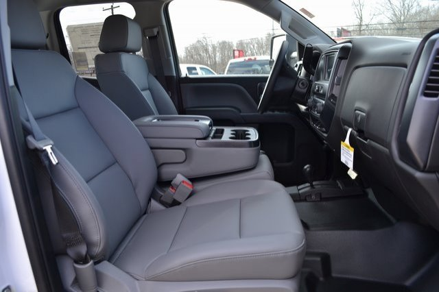 2019 Sierra 2500 Extended Cab 4x4,  Reading SL Service Body #Q490103 - photo 5