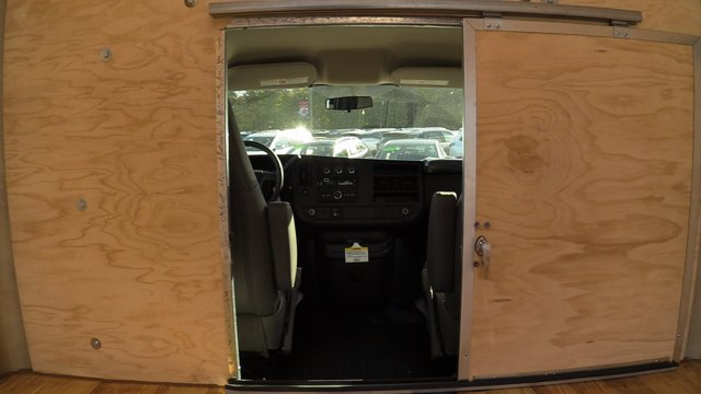 2020 GMC Savana 3500 4x2, Unicell Classicube Cutaway Van #Q50055 - photo 16