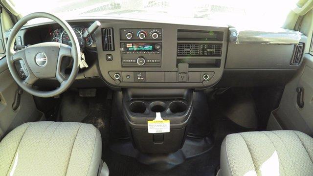 2020 GMC Savana 3500 4x2, Unicell Classicube Cutaway Van #Q50055 - photo 19