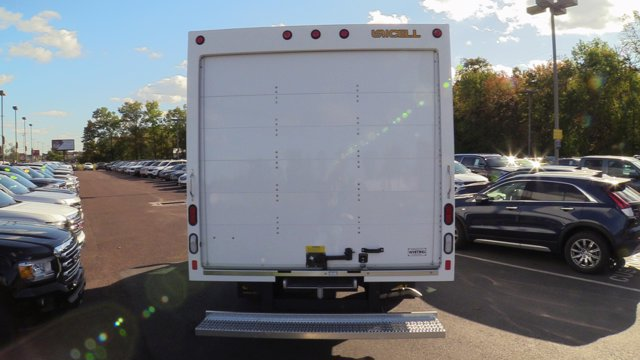 2020 GMC Savana 3500 4x2, Unicell Classicube Cutaway Van #Q50055 - photo 7