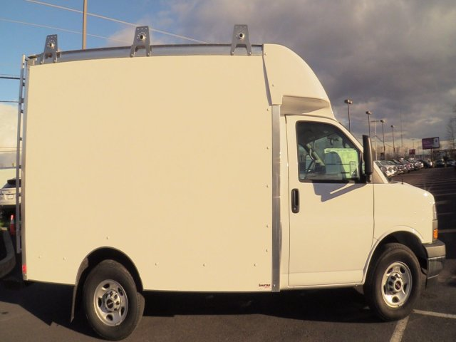 2020 GMC Savana 3500 4x2, Supreme Spartan Cargo Cutaway Van #Q50063 - photo 18