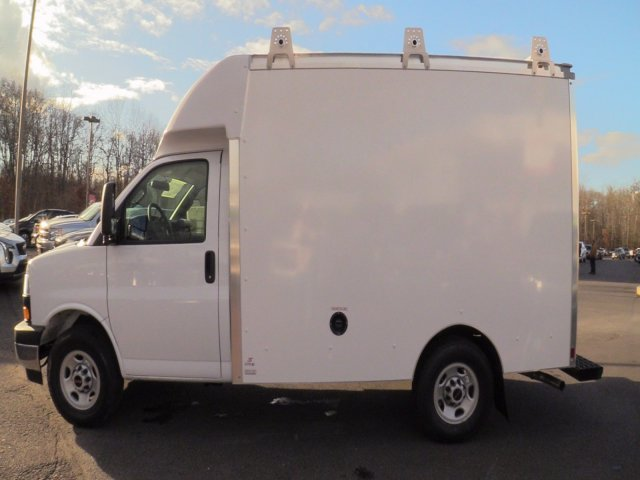 2020 GMC Savana 3500 4x2, Supreme Spartan Cargo Cutaway Van #Q50063 - photo 6