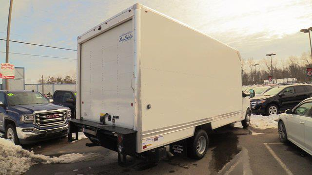 2020 GMC Savana 4500 DRW 4x2, Bay Bridge Cutaway Van #Q50083 - photo 2