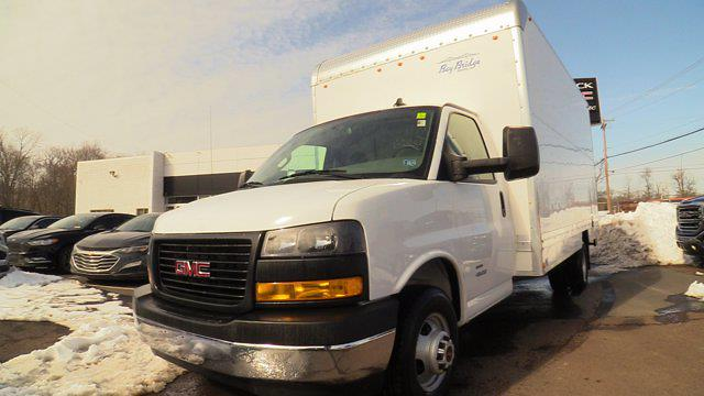 2020 GMC Savana 4500 DRW 4x2, Bay Bridge Cutaway Van #Q50083 - photo 3