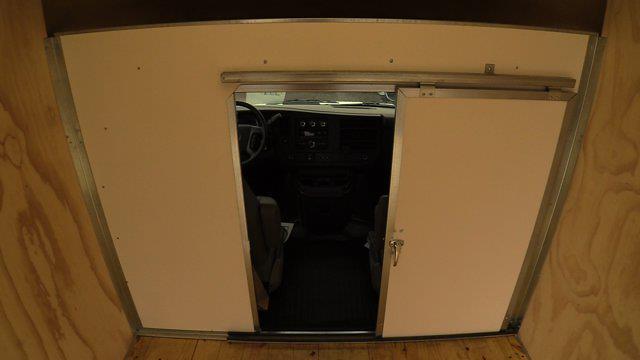 2020 GMC Savana 3500 4x2, Unicell Aerocell CW Cutaway Van #Q50087 - photo 13