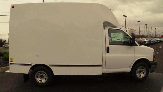 2020 GMC Savana 3500 4x2, Unicell Aerocell CW Cutaway Van #Q50087 - photo 15