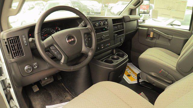 2020 GMC Savana 3500 4x2, Unicell Aerocell CW Cutaway Van #Q50087 - photo 20