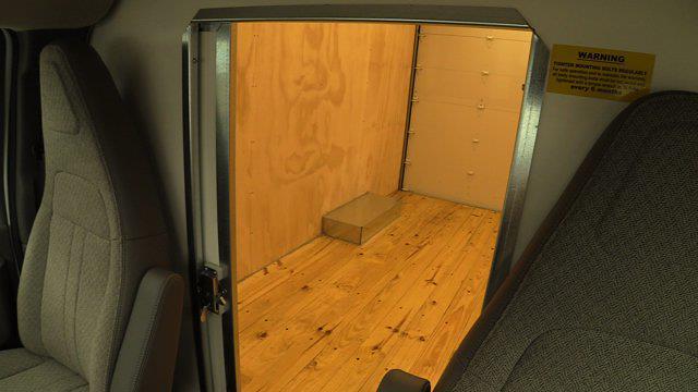 2020 GMC Savana 3500 4x2, Unicell Aerocell CW Cutaway Van #Q50087 - photo 36