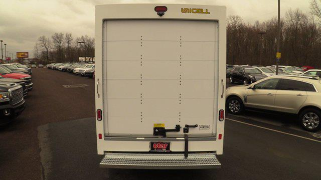 2020 GMC Savana 3500 4x2, Unicell Aerocell CW Cutaway Van #Q50087 - photo 7