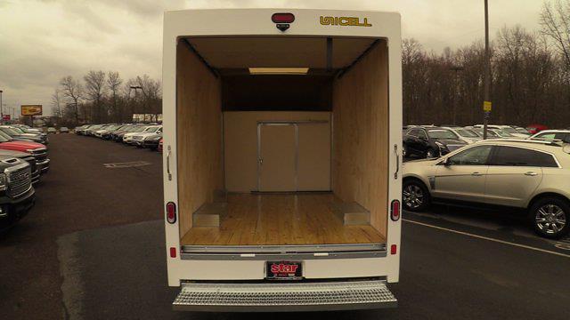 2020 GMC Savana 3500 4x2, Unicell Aerocell CW Cutaway Van #Q50087 - photo 8