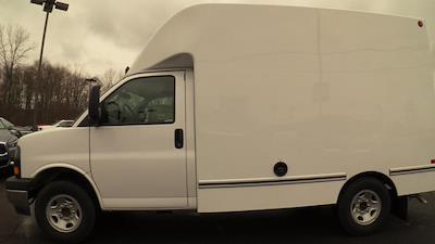 2020 GMC Savana 3500 4x2, Unicell Aerocell CW Cutaway Van #Q50087 - photo 5