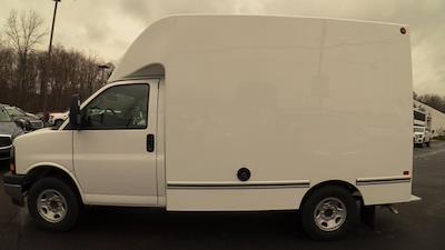 2020 GMC Savana 3500 4x2, Unicell Aerocell CW Cutaway Van #Q50087 - photo 6