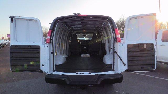 2021 GMC Savana 2500 4x2, Empty Cargo Van #Q51000 - photo 1