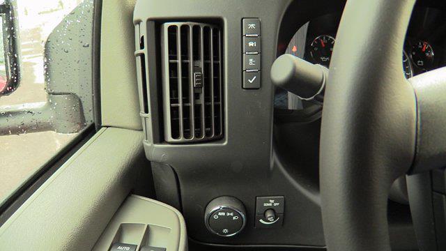 2021 GMC Savana 3500 4x2, Reading Service Utility Van #Q51010 - photo 40