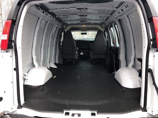 2018 Savana 2500, Cargo Van #Q58013 - photo 2