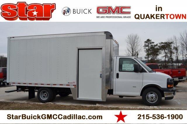 2018 Savana 3500 4x2,  Morgan City Max Aluminum Cutaway Van #Q58028 - photo 1