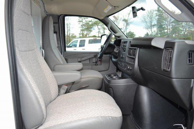 2018 Savana 3500 4x2,  Morgan City Max Aluminum Cutaway Van #Q58028 - photo 8