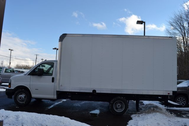 2019 Savana 3500 4x2,  Supreme Cutaway Van #Q59018 - photo 3