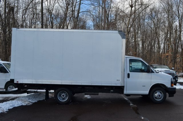2019 Savana 3500 4x2,  Supreme Cutaway Van #Q59018 - photo 5