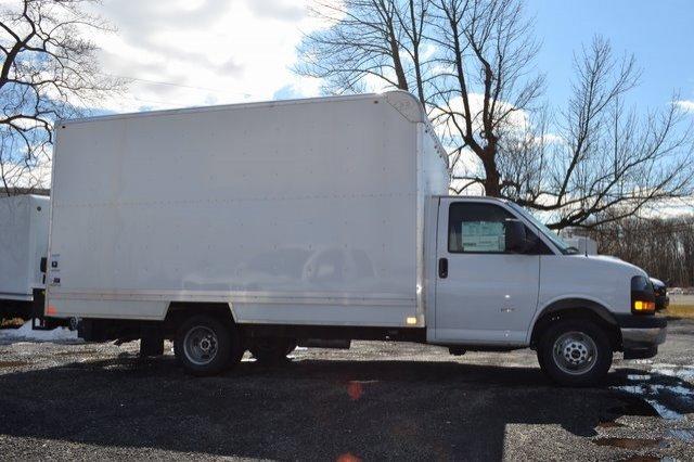 2019 Savana 3500 4x2,  Bay Bridge Cutaway Van #Q59021 - photo 5