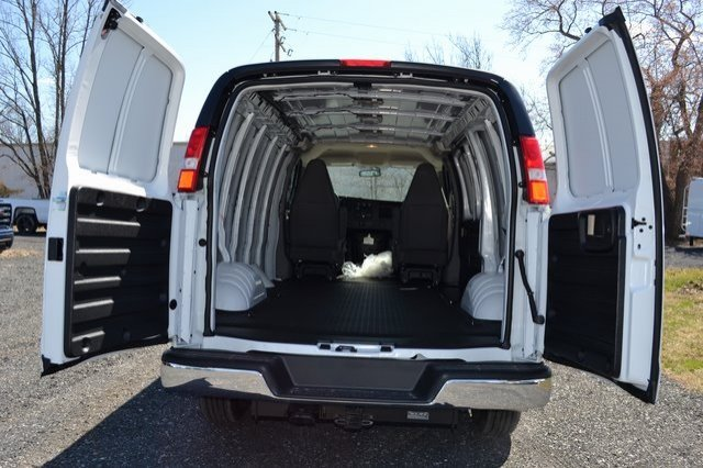 2019 Savana 2500 4x2,  Empty Cargo Van #Q59032 - photo 1