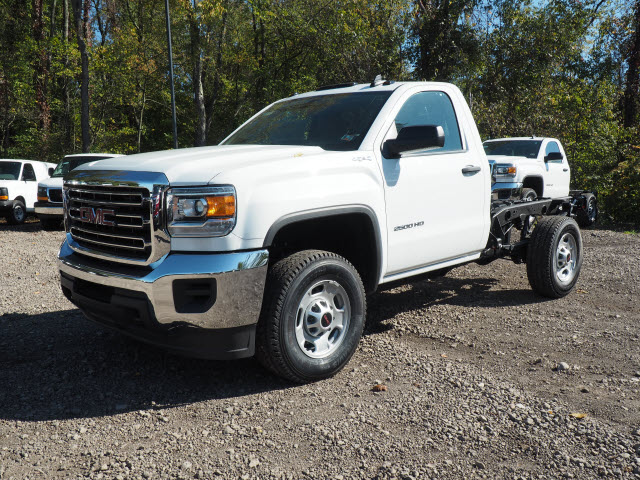 2016 Sierra 2500 Regular Cab 4x4, Cab Chassis #G16813 - photo 10