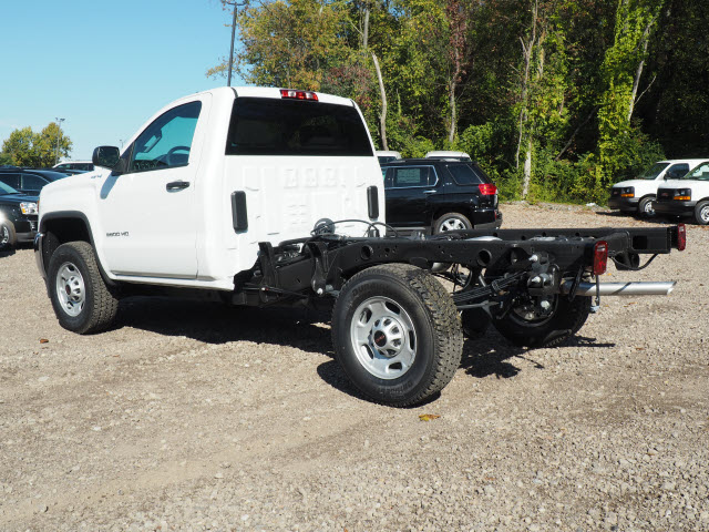 2016 Sierra 2500 Regular Cab 4x4, Cab Chassis #G16813 - photo 4