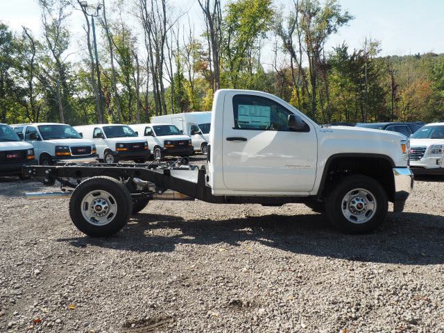 2016 Sierra 2500 Regular Cab 4x4, Cab Chassis #G16813 - photo 6